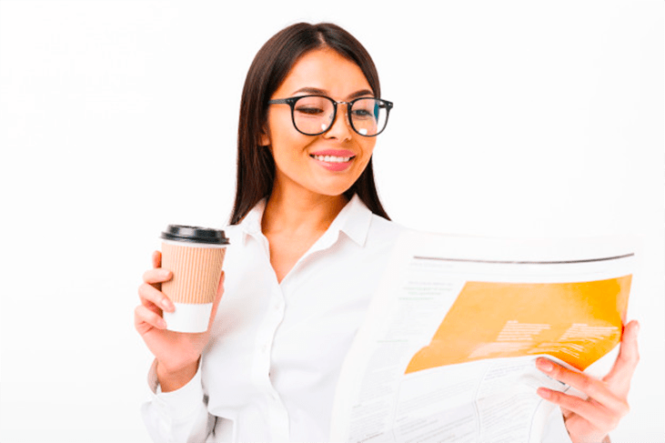 portrait happy asian businesswoman eyeglasses 171337 3344 - Прачечные самообслуживания СамПрачка
